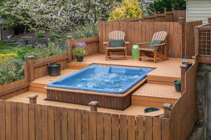 Spring Hot Tub Patio Decorating Ideas 1