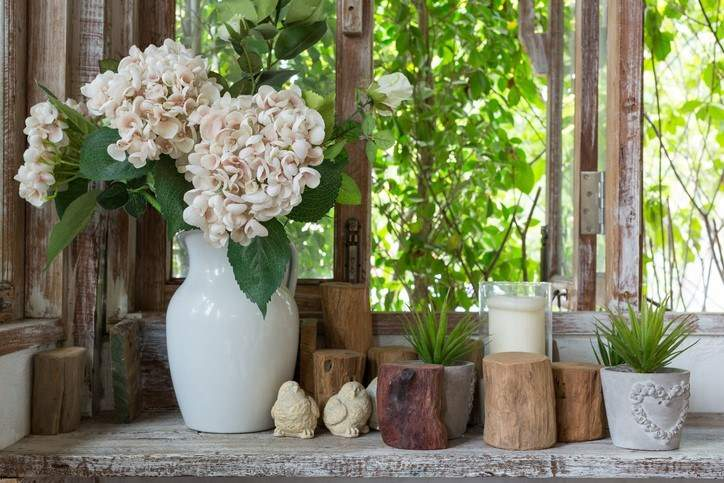 decorating ideas for your backyard thrift store finds