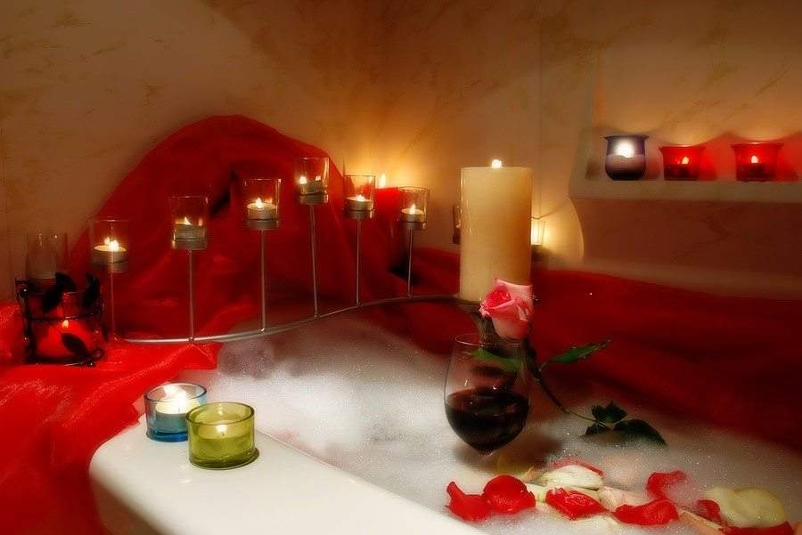 How To Create Your Own Romantic Valentine 's Day At Home - Ambiance